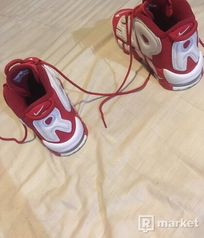 SUPREME x Nike Air Uptempo red