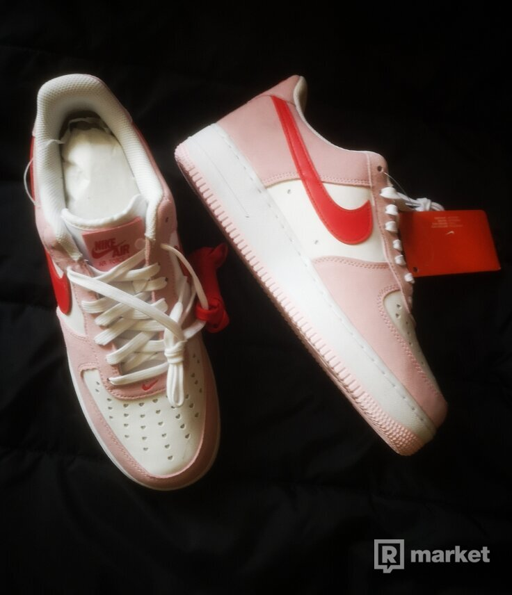 Nike Air Force 1 Love Letter Valentine