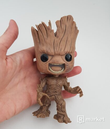 postavicka Groot z Guardians of the Galaxy