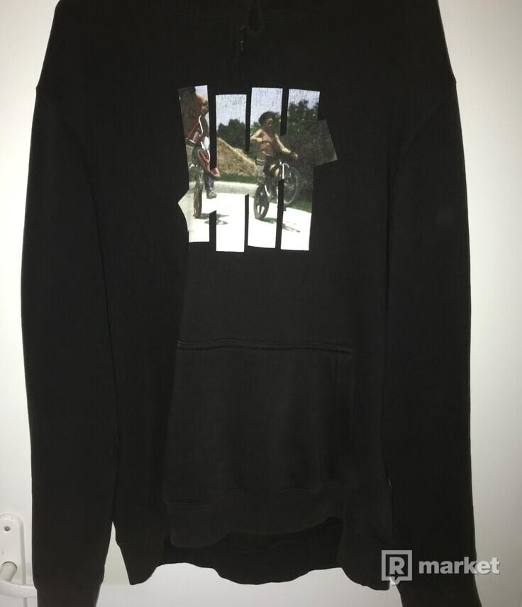 UNDEFEATED Mikina hoodie