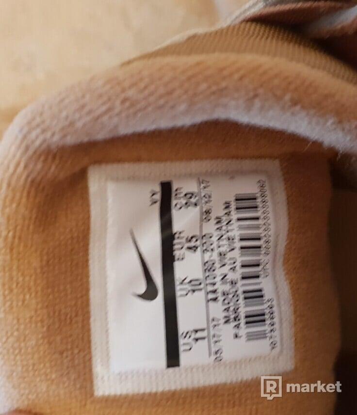 Nike More Uptempo