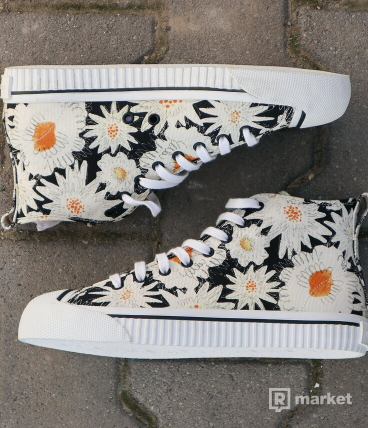 Burberry Kingly Hi Top Floral EU42