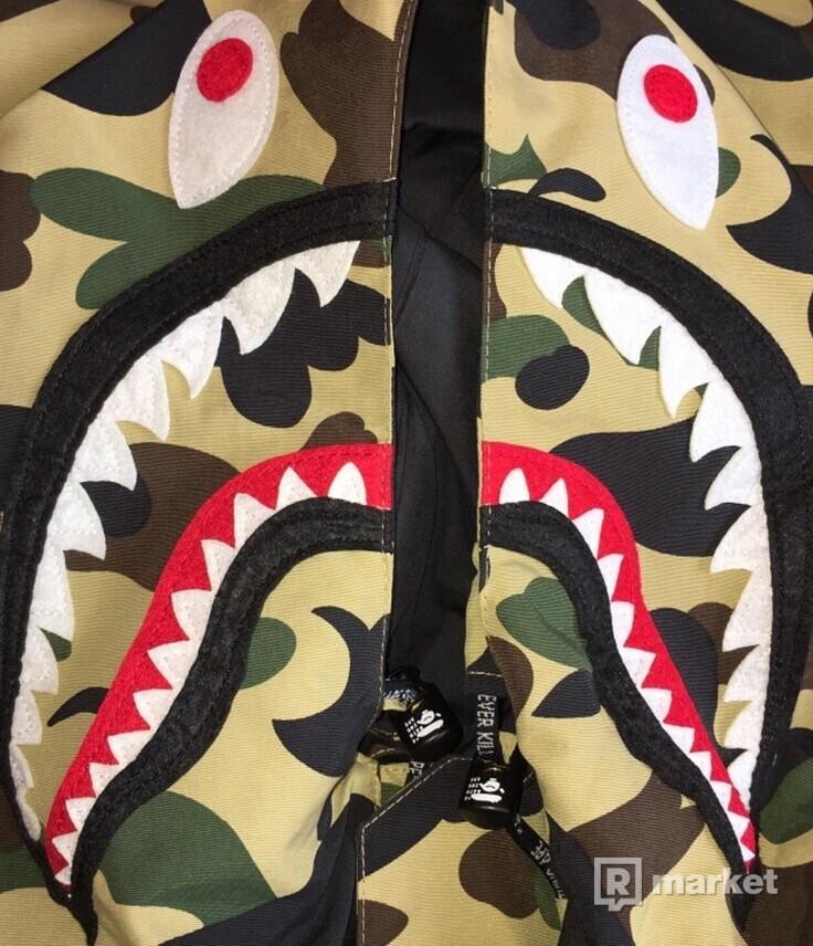 Bape Shark Snowboard 1.St Camo Jacket