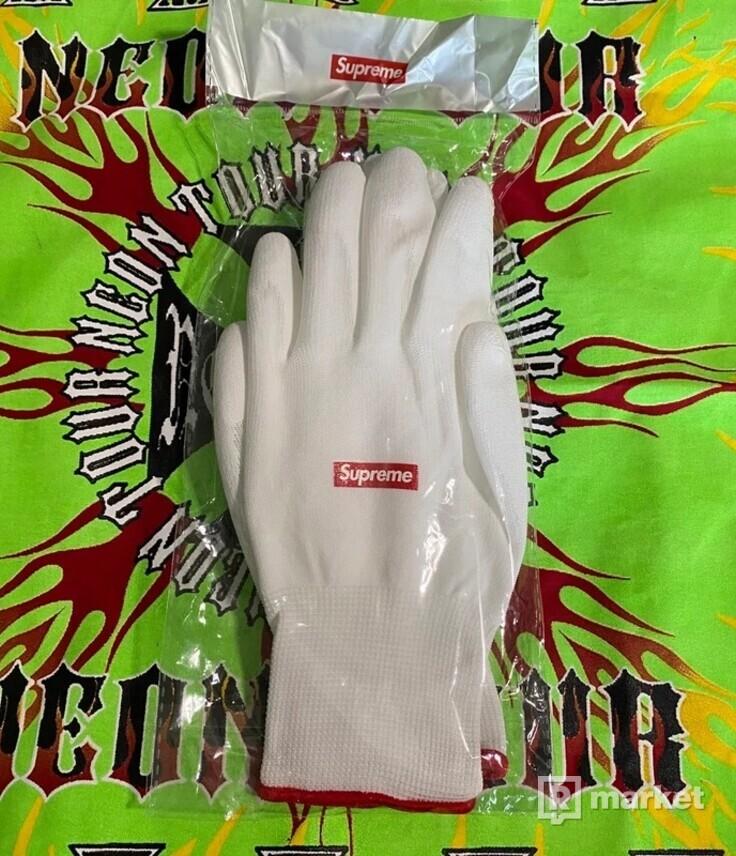 Supreme rubberized gloves FW20