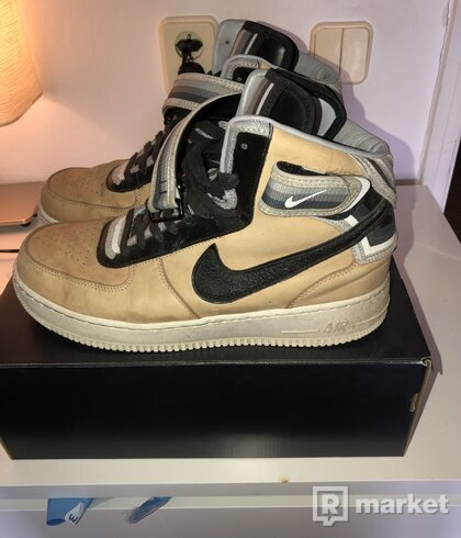 Nike s Riccardo Tisci Air force 1 mid