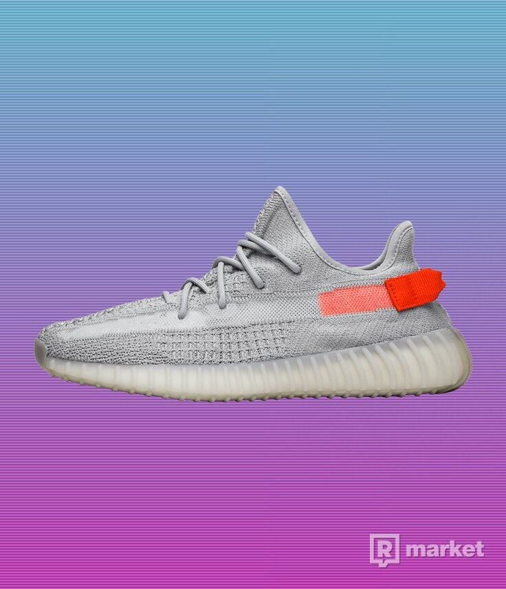 "YEEZY BOOST 350 V2 ""TAIL LIGHT"""