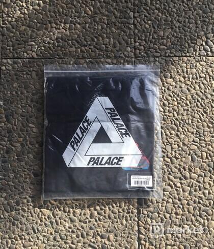 Palace Tri-Ferg Blur Tee