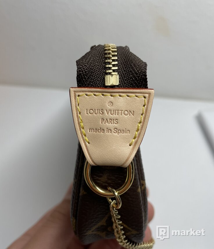 Mini pochette accessoires