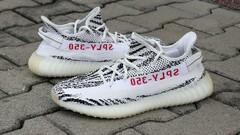 adidas Yeezy Boost 350 V2 Zebra - vel. 44 2/3