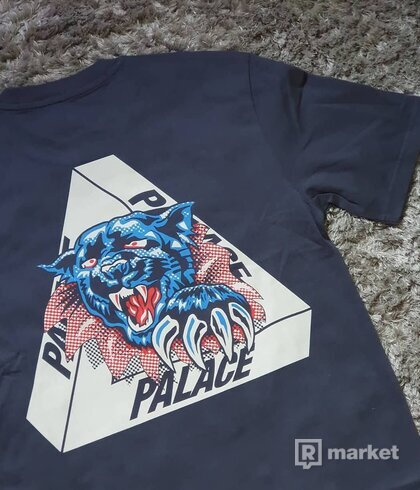 Palace Ripped Tee