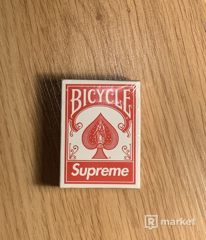 Supreme playing cards