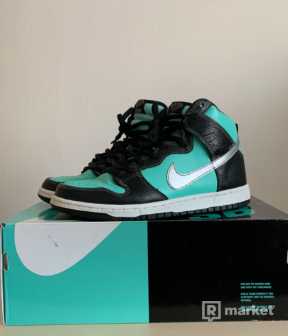 "Nike x Diamond supply ""Tiffany"" Dunks"