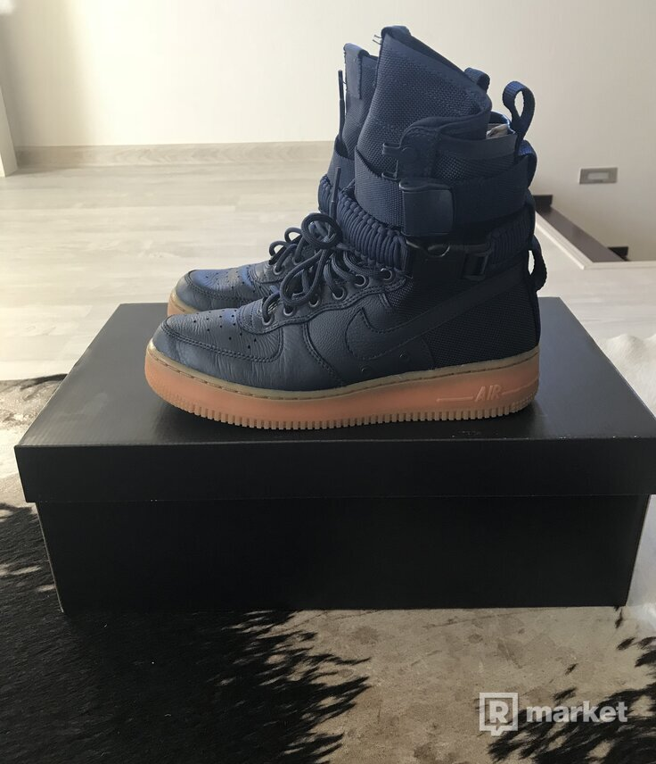 Nike air force 1 special field navy