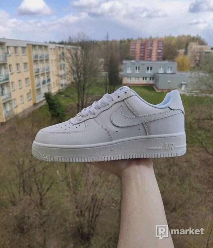 Nike Air Force 1 - různé velikosti