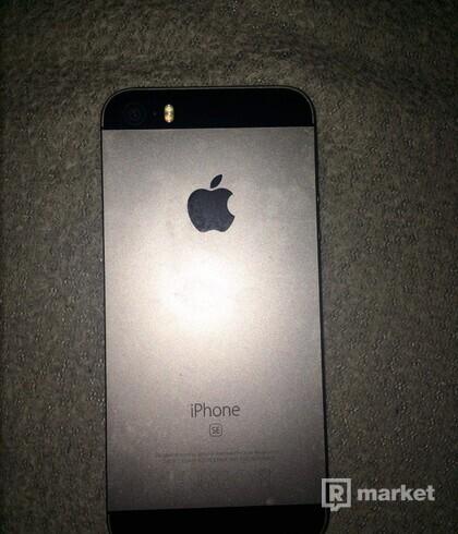 iPhone SE silver black