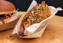Hotdog od NYC Corner
